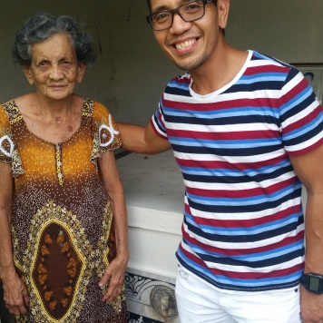 with-lola
