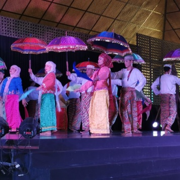 Islamic dance